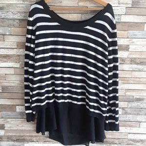 Black and white Torrid long sleeve tunic size 4